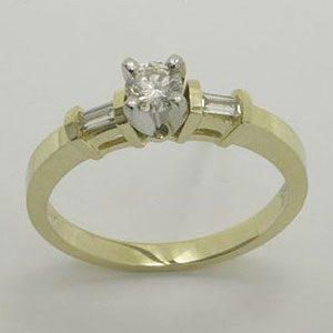 https://amajewellery.ca/wp-content/uploads/2017/05/Engagement-Ring-13-300x300.jpg