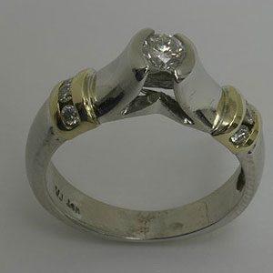 https://amajewellery.ca/wp-content/uploads/2017/05/Engagement-Ring-30-300x300.jpg