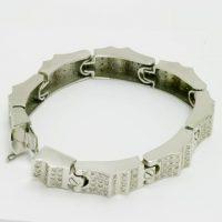 https://amajewellery.ca/wp-content/uploads/2017/05/db19-200x200.jpg