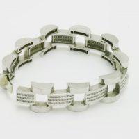 https://amajewellery.ca/wp-content/uploads/2017/05/db22-200x200.jpg