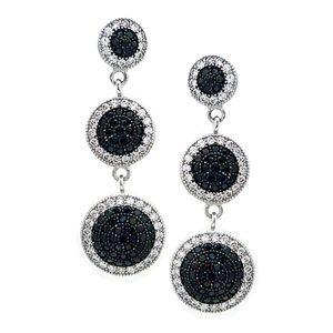 https://amajewellery.ca/wp-content/uploads/2017/06/Silver-Dangle-Earrings-32-300x300.jpg